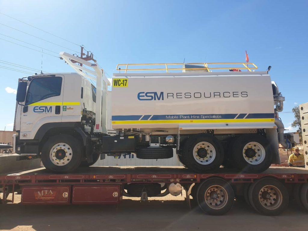 WC-17 - Our latest Isuzu FVZ260/300 6x4 Watercart has arrived into Newman. This unit is heading out early next week on a long term hire.